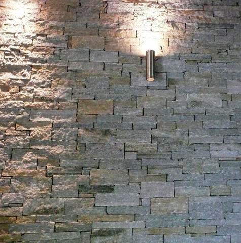 Las piezas pétreas pueden fijarse mecánicamente ou por collage.