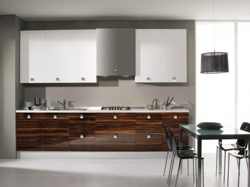 Una cocina en termolaminado es una opción generalmente más económica que el lacado y bastante resistente a accidentes.
