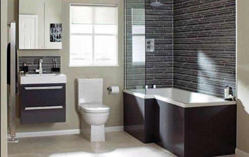 Existen varios tipos de revestimiento para su cuarto de baño, mosaico, gres, azulejos ceramico, piedra natural, estuco, pinturas especializadas para zonas humedas.