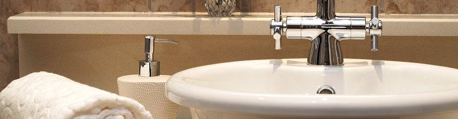 El sistema de fontanería desempeña un papel importante en una casa o empresa pudiendo representar un grave perjuicio o trastorno en caso de que no esté en las condiciones adecuadas.
