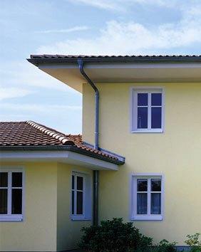 En la construcción civil la pintura representa una operación de gran importancia. Dé a su casa una vida nueva.