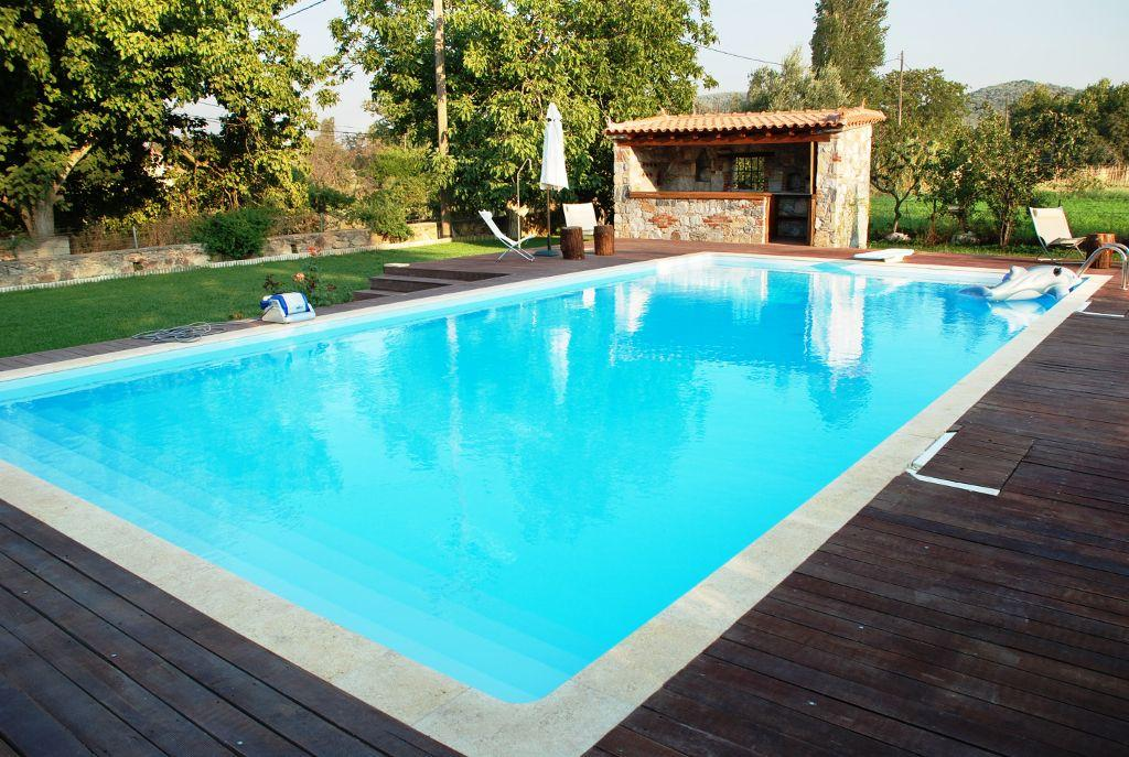 Reformas e impermeabilizaci n de piscinas casa viva obras for Accesorios para piscinas