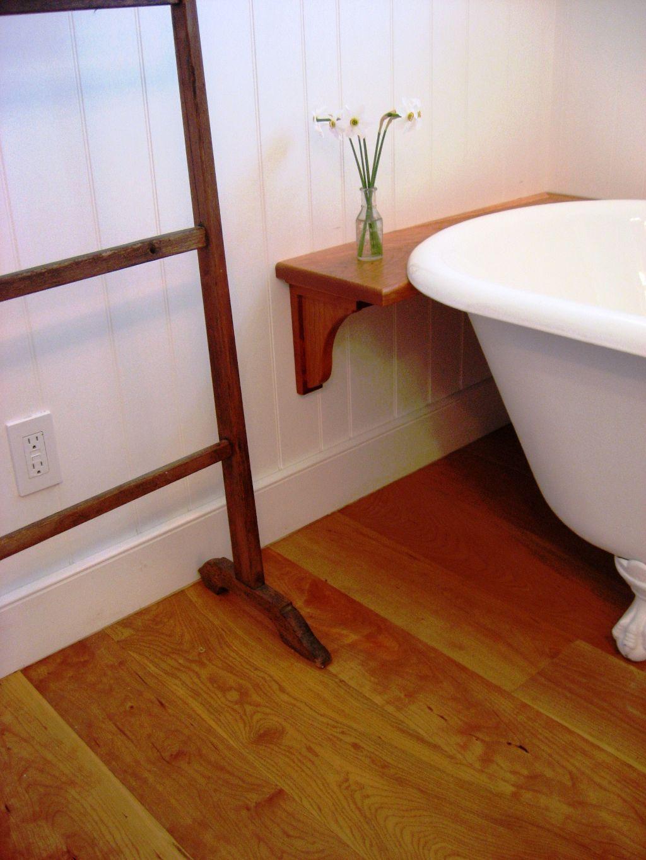 El pavimento flotante Sintético o Laminado está compuesto por varias capas de materiales sintéticos.