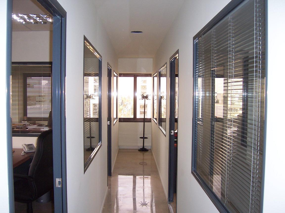 El Cartón Yeso permite una reparación rápida de paredes dañadas y tiene elevadas características técnicas de aislamiento térmico y acústico.