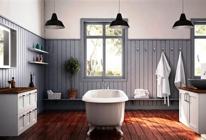 Existe una gama infinita de equipamientos y accesorios para su cuarto de baño que pueden convertirlo en simple, funcional y confortable.