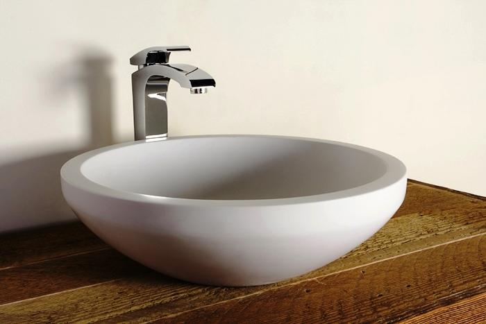 La creación de nuevos conjuntos para cuartos de baño es algo complejo que requiere conocimientos técnicos, estéticos e imaginación. El cuarto de baño es de las estancias más complicadas de concebir ya que implica más de un tipo de sistema.