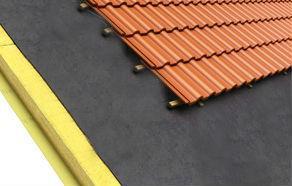 Existen sistemas de aislamiento que minimizan el intercambio de calor entre la cubierta y el exterior.