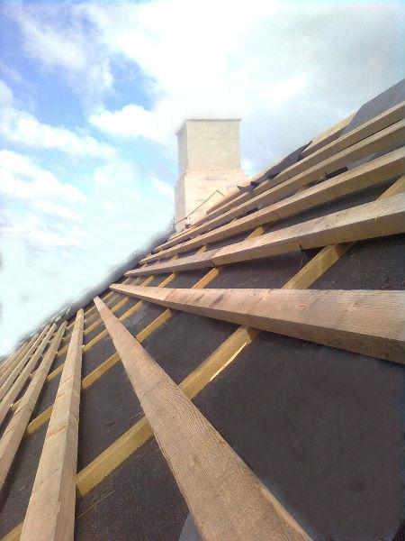 Las cubiertas deben tener capas de impermeabilización adecuadas de forma que se garantice que existen barreras contra patologías provocadas por filtraciones y goteras.