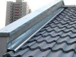 Las cubiertas deben tener capas adecuadas de forma que se garantice que existen barreras para prevenir las enfermedades relacionadas con infiltración.
