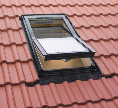 Las tejas comercialzadas en España tiene una enorme variedad de geometría y encaje.