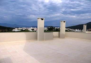 El revestimiento de su terraza depende de las funciones para las que debe dar uso. La cubierta puede ser accesible o no accesible.