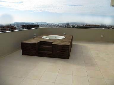 Cuando la cubierta de terraza es accesible es fundamental colocar una protección adecuada.
