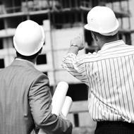 El Director de Ejecución debe comunicar, de inmediato, al Promotor de la Obra y al Coordinador del Proyecto cualquier deficiencia técnica verificada en el proyecto o la necesidad de alteración del mismo para su correcta ejecución.