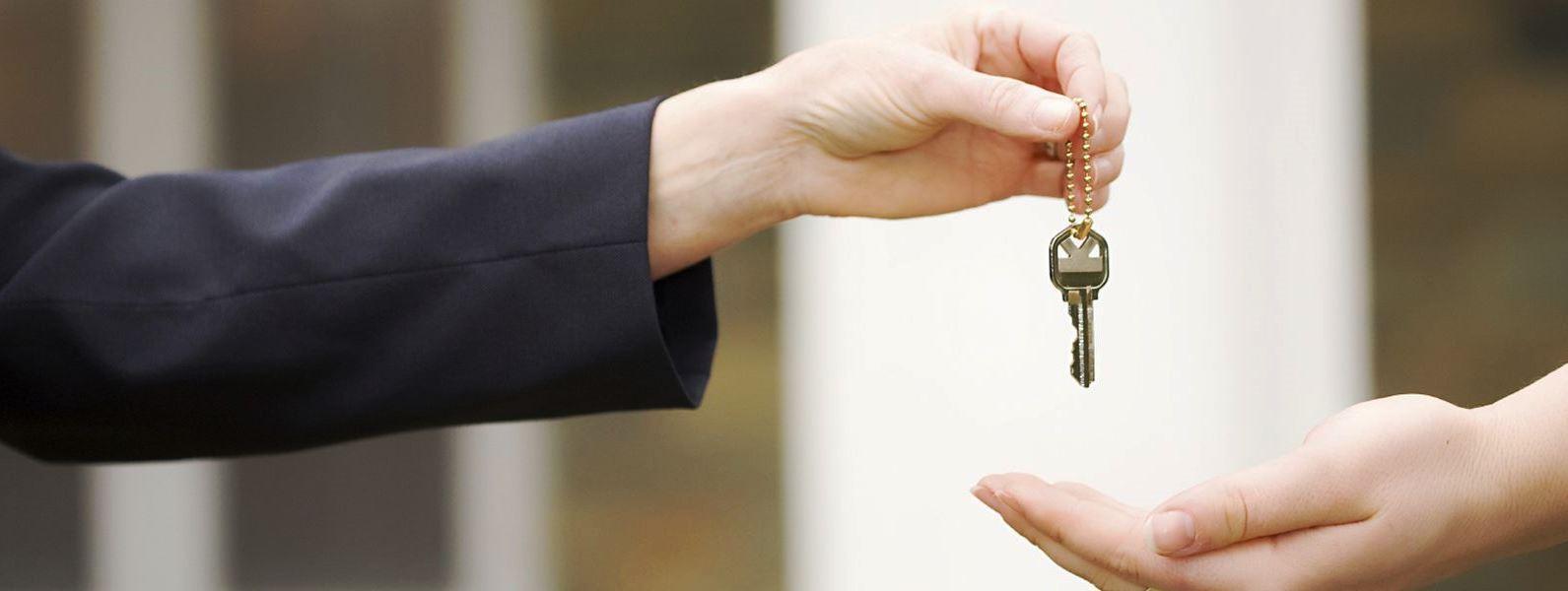 El Método de Comparación determina el posible valor de mercado del inmueble por comparación con los precios conocidos de otros inmuebles semejantes en el mercado inmobiliario, comprobados por transacciones realizadas.