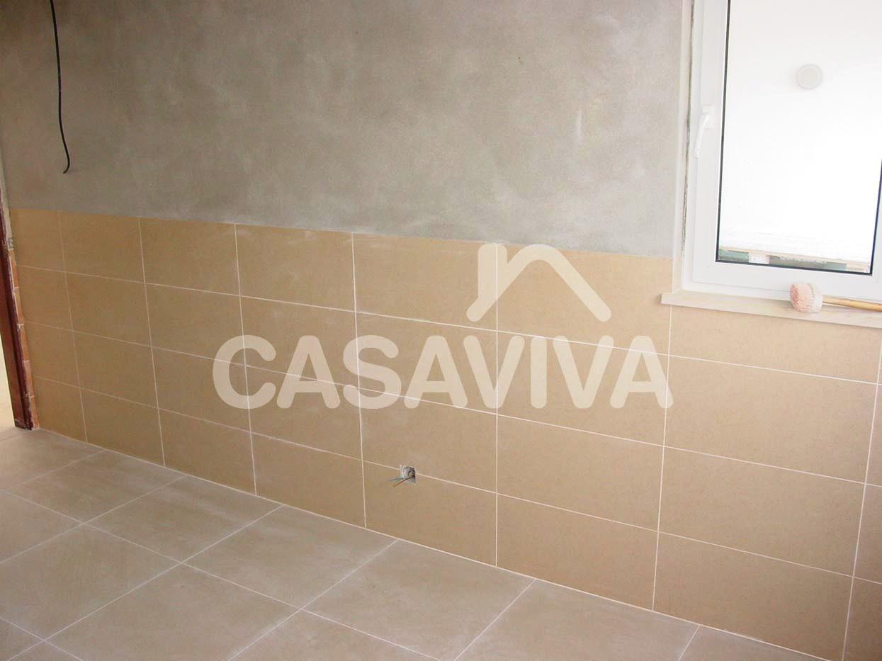 Empresa de reformas integrales en madrid aplicaci n de - Revestimiento de paredes de cocina ...