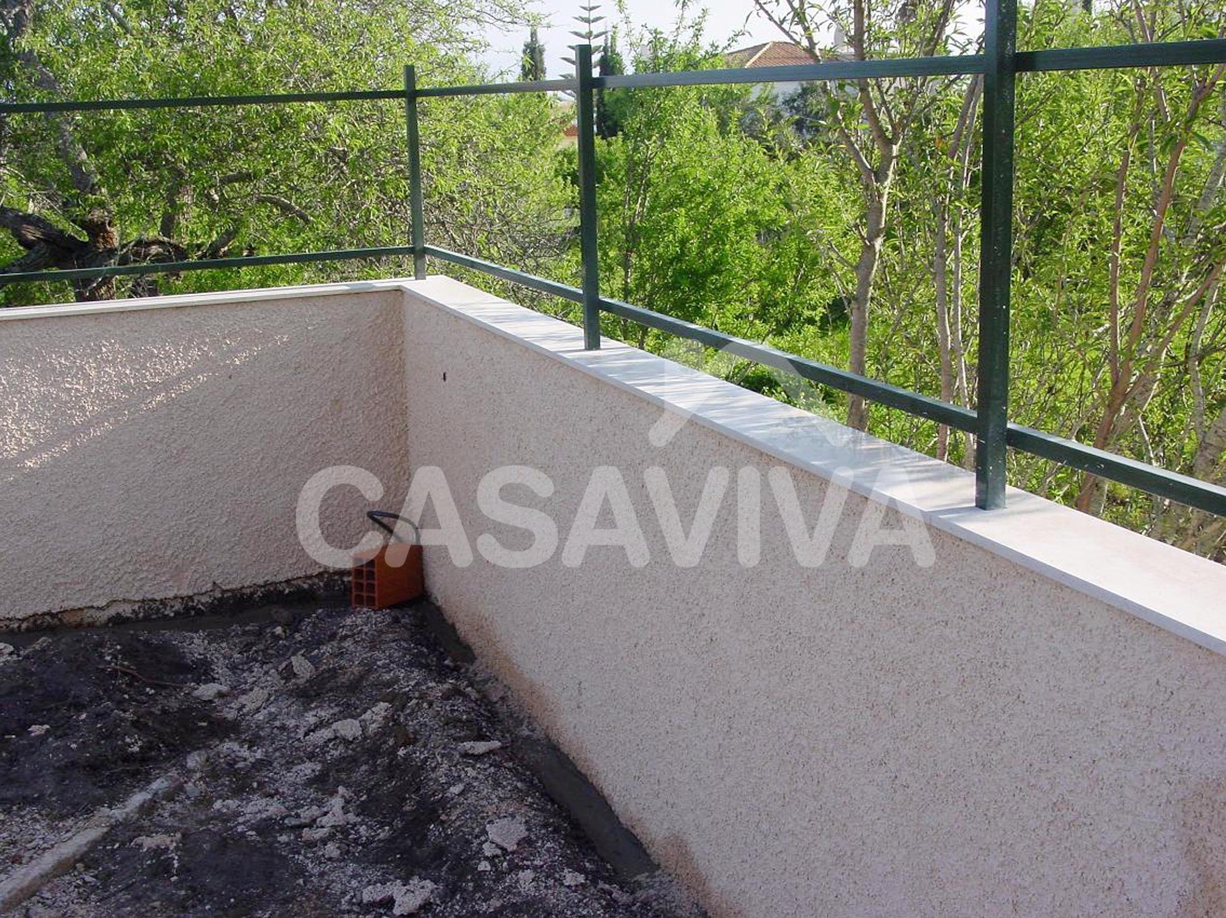 Empresa De Reformas Integrales En Madrid Arreglos Exteriores Muro - Muros-exteriores